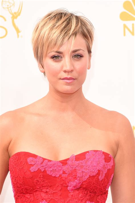 big bang penny vegas hair styles 14 show stopping looks from the emmys red carpet kaley