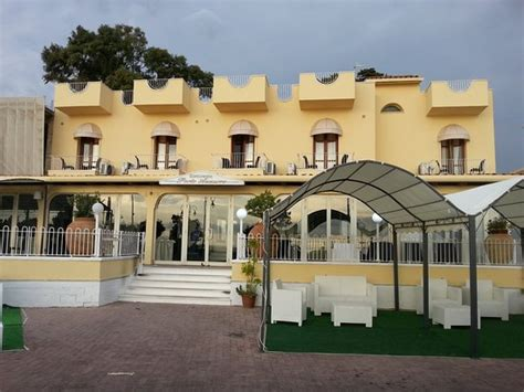porto azzurro giardini naxos hotel porto azzurro bewertungen fotos preisvergleich