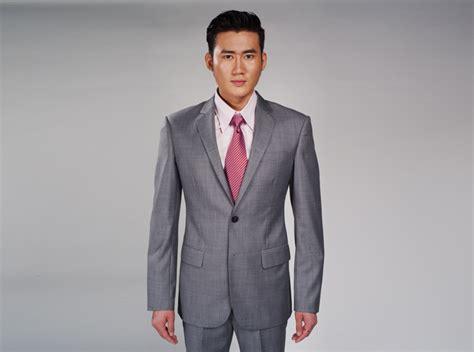 Grauer Anzug Welches Hemd 6 tlg grauer jungen anzug mit 2 hemden weiss u t 252 rkis