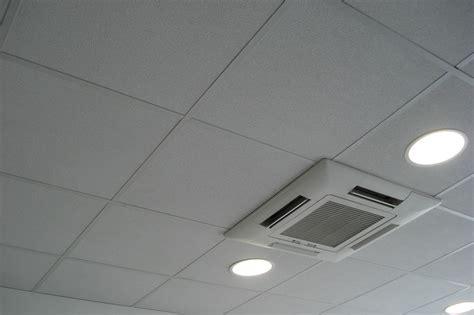 Dalles Faux Plafond Suspendu by Dalle Minerale Plafond Suspendu Maison Travaux
