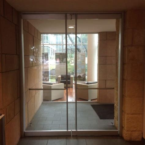 Interior Frameless Glass Doors Heavy Glass Frameless Doors Anchor Ventana Glass