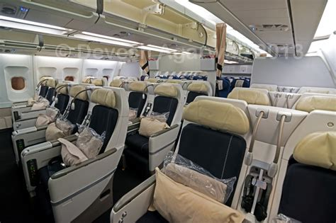 air france comfort seats photos and videos lufthansa s new premium economy class
