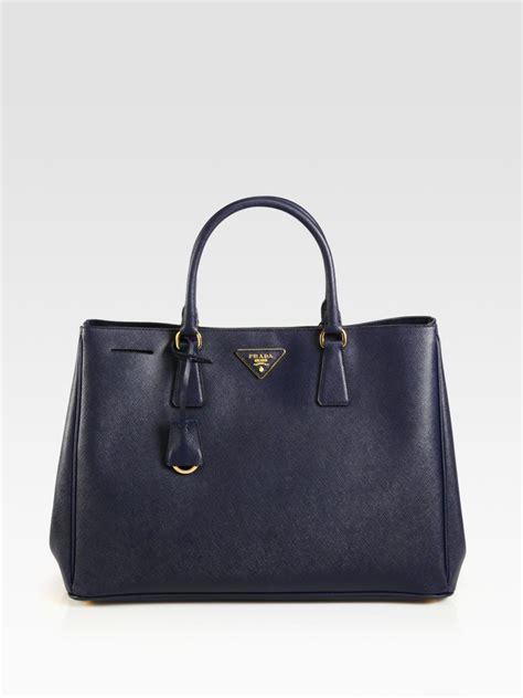 Bag Tote Navy prada saffiano tote bag in blue navy lyst