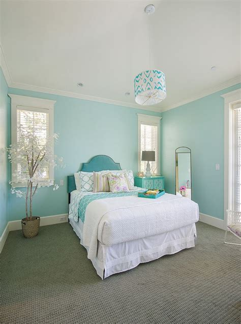 bedroom design light blue walls 17 best images about turquoise bedroom on pinterest