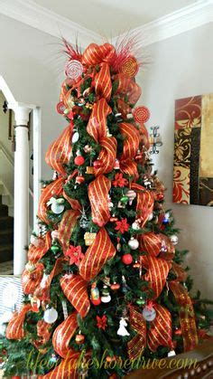 how to christmas tree decorating with mesh 1000 ideas about mesh tree on deco mesh mesh wreaths and trees