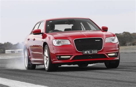 chrysler 300 srt 2015 chrysler 300 srt on sale in australia gets 8spd auto