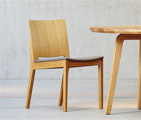 Stuhl Rund by Dweller Kelley Chair Restaurant Chairs From Jankurtz