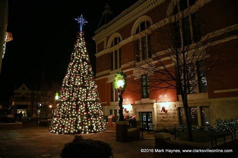 tree lighting ceremony in clarksville tn clarksville kicks the season with annual lighted parade discover clarksville tn