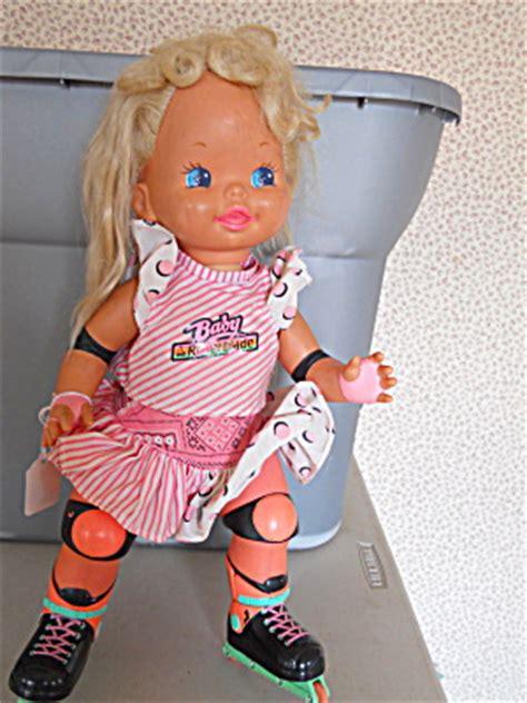 Sepatu Doll Boneka Original Mattel 13 roller blade doll mattel 1990 original mattel dolls 1973 and newer at squirrel s