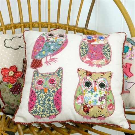 cuscini patchwork patchwork owls cushion dotcomgiftshop