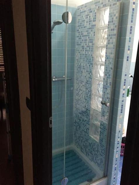 box doccia vetrocemento sostituire il box doccia eliminando una parete con