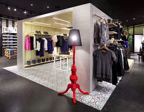 design fashion shop renuar fashion store by bilgoray pozner herzelia israel