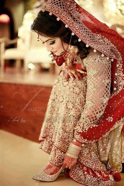 New Bridal Pics by Bridal Dresses 2018 Mehndi Barat