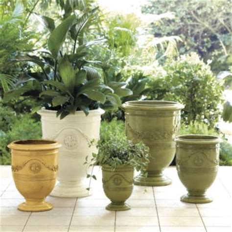 Country Planters by Toulon Planter