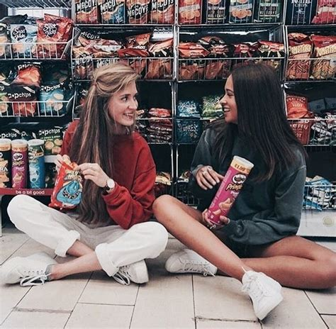 my friends are in the bathroom getting higher best 25 best friend pictures ideas on pinterest friend