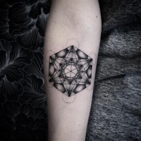 geometric tattoo michigan 40 geometric tattoo designs for men and women tattooblend