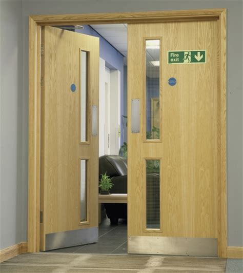 doors howdens ash veneer 16g glazed door flush doors doors
