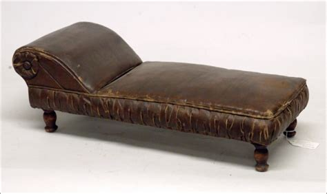 fainting couch history salesman s sle fainting couch 1670353