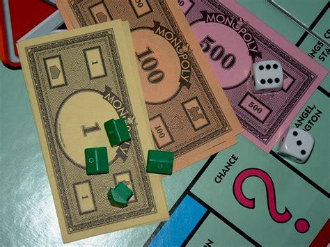wallpaper board game board games images monopoly money wallpaper hd wallpaper
