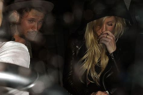 are ellie goulding and dougie poynter dating ok magazine ellie goulding and dougie poynter look cosy at a london