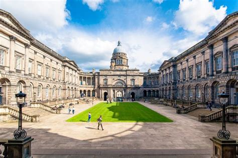 Edinburgh Mba Tuition Fees by Scottish Graduates Earn More Than Anyone Else And They