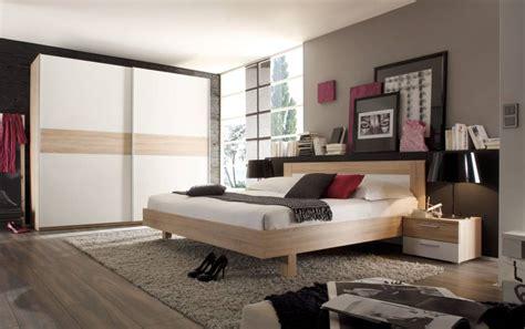 schlafzimmer komplett reduziert fehler