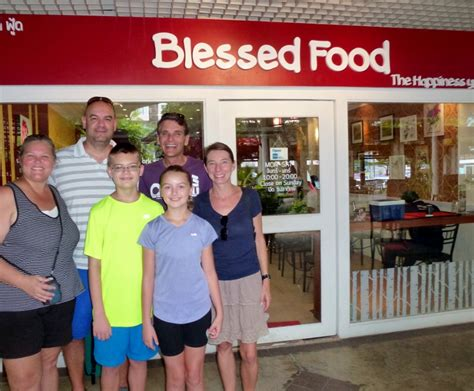 family friendly guide to chiang mai tieland to family friendly places to eat in chiang mai thailand