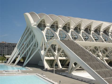 the city of arts and sciences by santiago calatrava and felix candela calatrava city of arts and sciences valencia spain