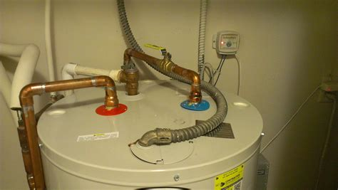 Plumbing A Water Heater by Emergency Plumbing 5 Important Tips Premier Restoration