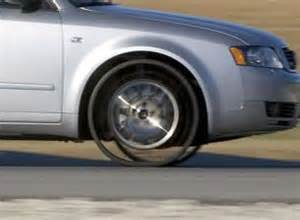 New Car Tires Without Air Gadgetmadness Michelin Replaces The Tire With The Tweel