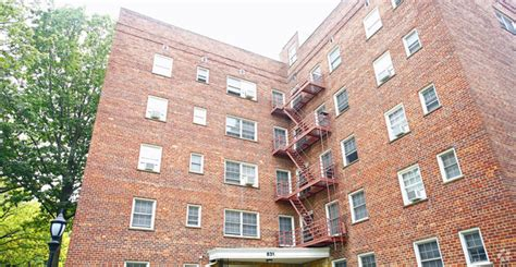 1 bedroom apartments in elizabeth nj 322 e elizabeth ave linden nj 07036 rentals linden nj