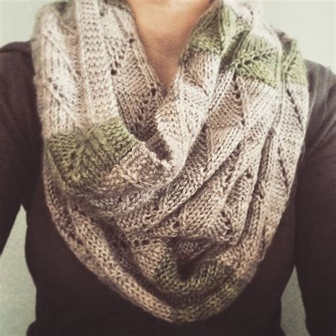 knitted scarves and cowls 30 stylish designs to knit books artcraftcode customizable knitting patterns for the