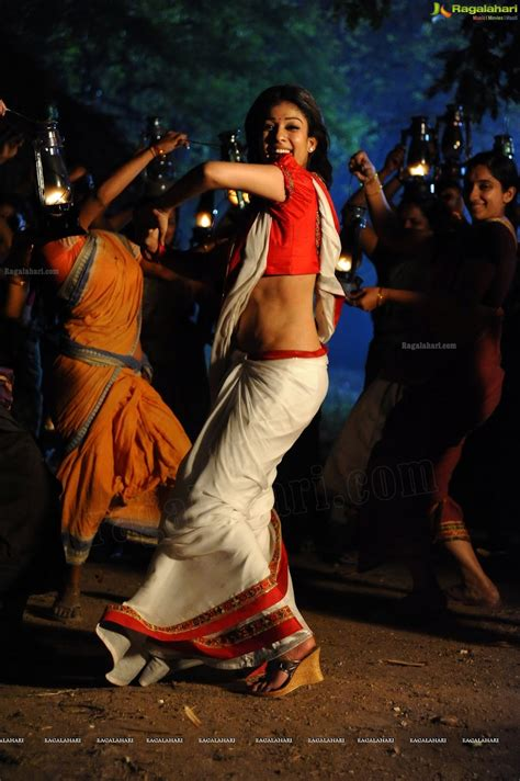 nayanthara hot saree navel nayanthara hot saree navel newhairstylesformen2014 com