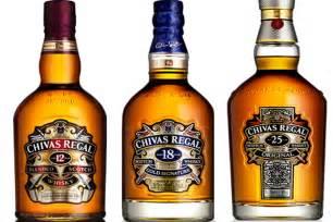chivas regal whiskey barman in whisky chivas el arte de su fabricaci 243 n