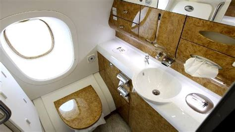 airbus a380 bathroom tips on plane travel where the best seats in business