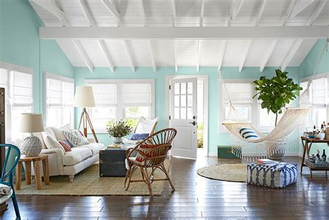 beach cottage design combining some of the nautical decor elements and ship