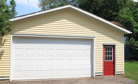 Garage Door Paint Colors Painting My Garage Door Homeandawaywithlisa