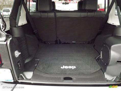 Jeep Wrangler Unlimited Trunk 2012 Jeep Wrangler Unlimited 4x4 Trunk Photos