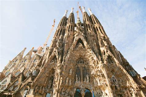 Pomelo: La Sagrada Familia   Barcelona