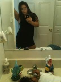 Worst moms in the world check out these sick selfies for mother s day