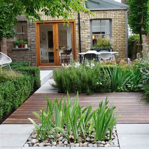 contemporary garden design ideas uk best 20 small garden design ideas on small