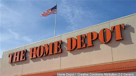 draws gun shoots at shoplifter s suv at home depot