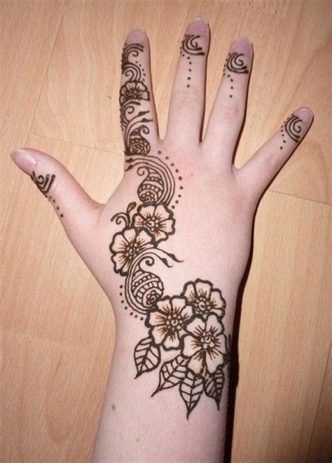 henna tattoo hand bibi 344 best images about henna on henna
