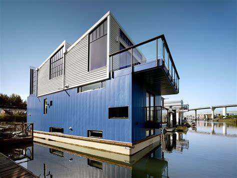 houseboat   dreams   york times