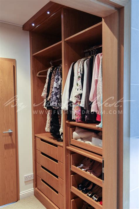 bespoke walk  wardrobes  experts  martin west interiors