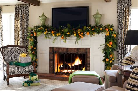 ideas feasible christmas themed fireplace mantel