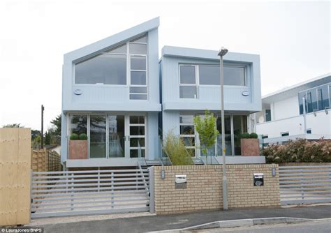 Narrow House Plan Sandbanks Developer Builds Two 16ft Wide Houses Just 10