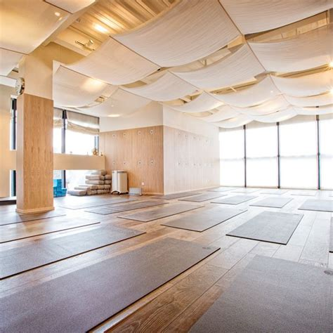 y yoga shanghai by red design consultants pinteres