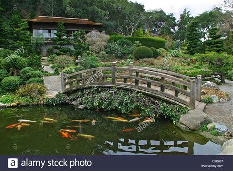 hakone gardens is a traditional japanese garden in