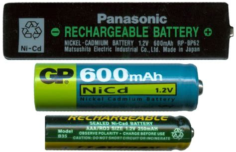 Aaa To Aa Batteries Without Bottom Positive Electrode the beginner s guide to how a battery works